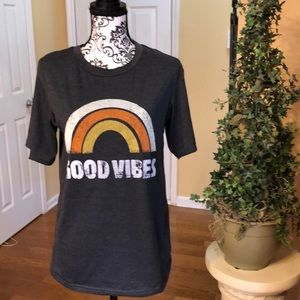 "Tops - Vintage ""Good Vibes"" Tee-shirt. Gray. New with tag"